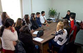 Srednoskolci od Pero Nakov ja posetija TV Plus